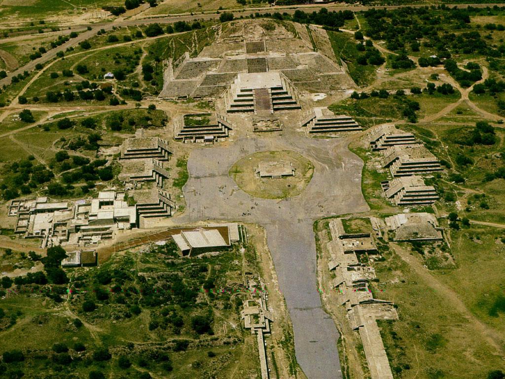 http://terre.sans.frontiere.free.fr/page_a_voir_a_faire/a_voir_a_faire_images/Teotihuacan_1.jpg